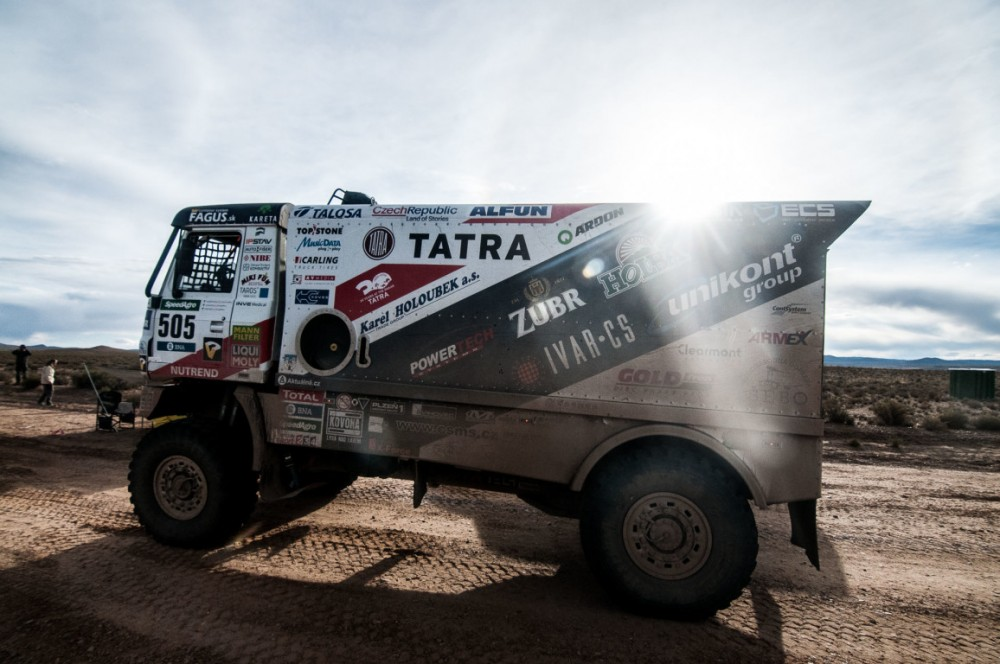 Kolomý Crashes at Dakar, Valtr Improves his Maximum