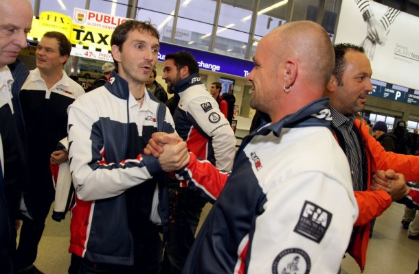 Kolomý Welcomed at the Airport by Colleagues Vršecký and Lacko