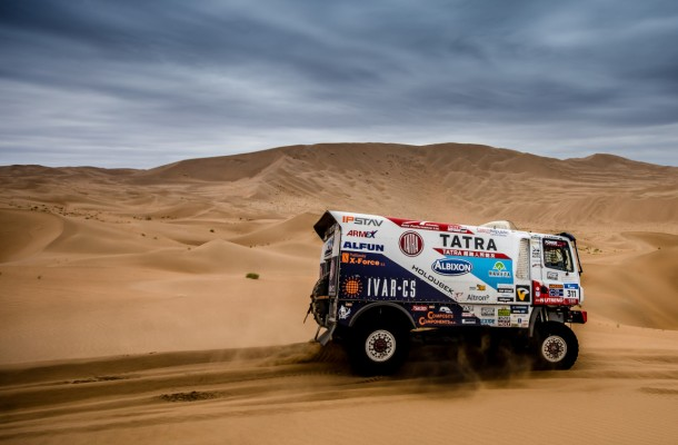 Kolomý´s Chances for Podium End in Dunes Two Stages before Finish!